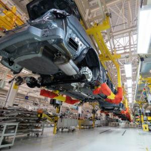ligne de montage industrielle voitures